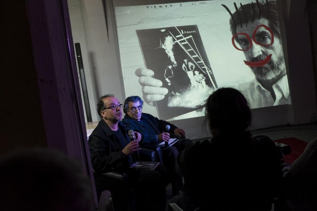 """Presentación de """"DOS TIEMPOS"""" de Carlos Rivera (Chile) y Pablo Ortiz Monasterio (México) . Fotos de Patricio Miranda."""