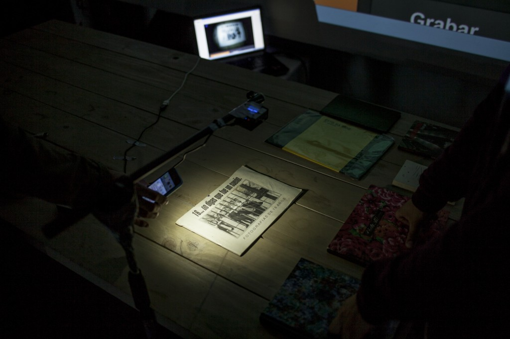 Jornada del FIFV en Dinamarca 399. CONTACTO SKYPE CON FERNANDO ACEÑA (España) y su Museo Interactivo de la Luz.. Fotos de Patricio Miranda / Javier Alvarez