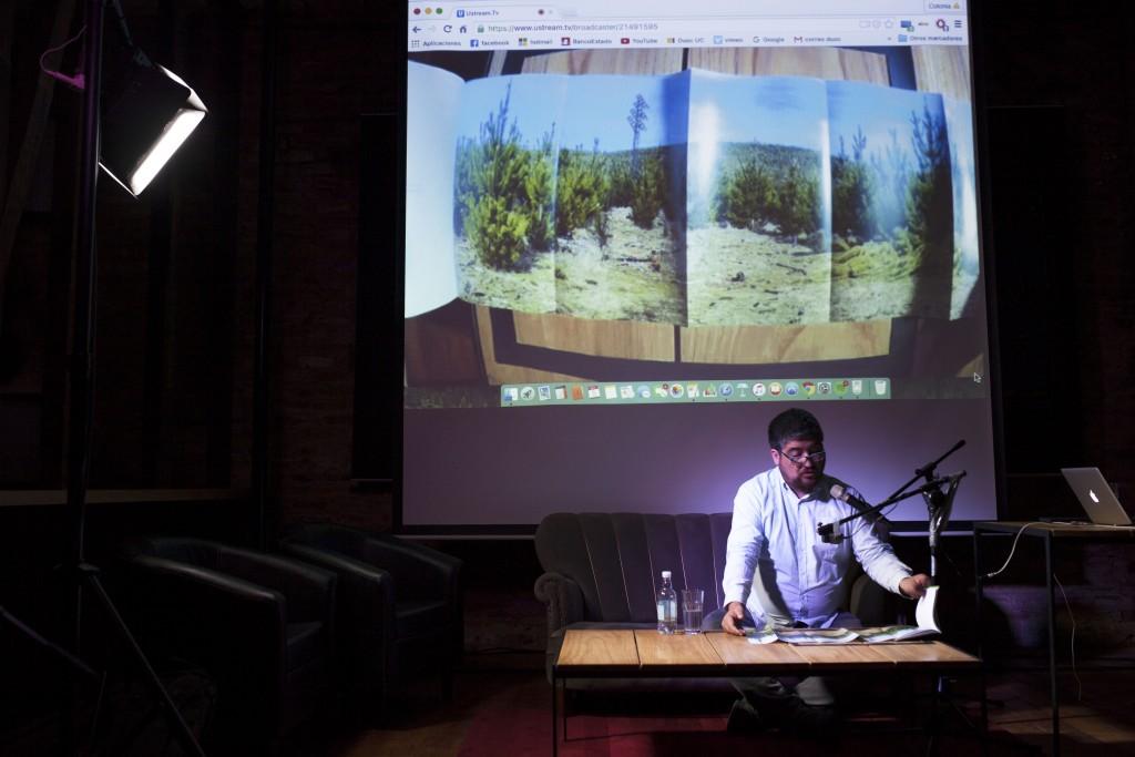 """Lanzamiento Libro """"MaPa, Marcas en el Paisaje"""" de Nicolás Sáez (Chile). Fotos de Patricio Miranda."""