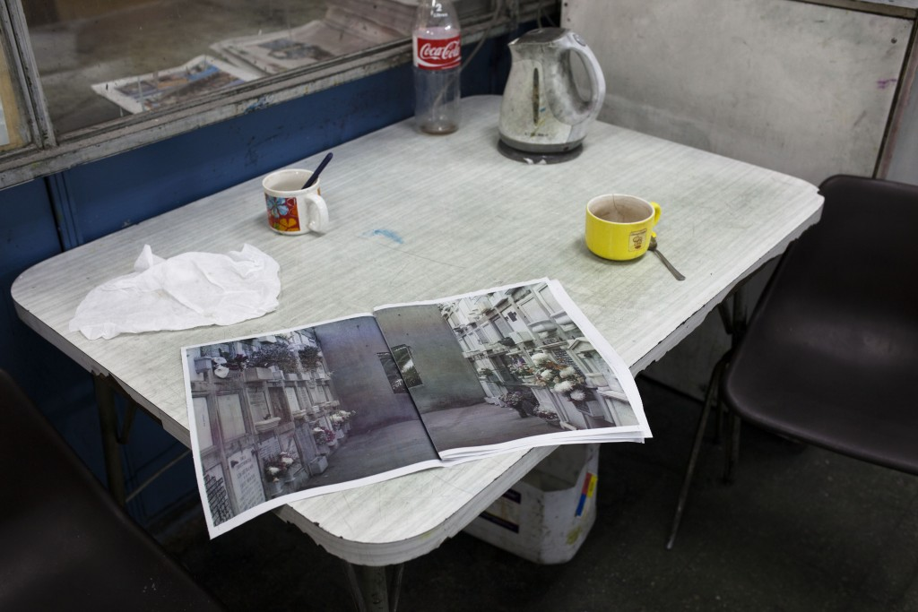 Imprenta El Mercurio de Valparaíso, sacando 3 mil ejemplares de la revista FIFV 2015. Fotos de Patricio Miranda.