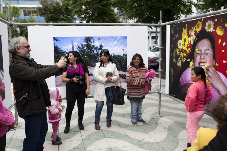 """Inauguración de la Expposición """"Reconstrucción del Álbum Familiar"""" de las Brigadas Fotográficas, FIFV 2015. Fotografías de Patricio Miranda."""