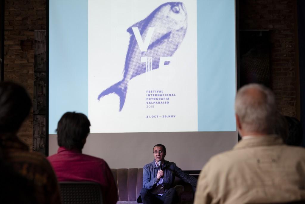 """Conferencia """"La Fotografía y el Video"""" del curador Rodrigo Alonso (Argentina). Fotos de Patricio Miranda."""